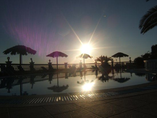 Terezas Hotel: sunset at thereza