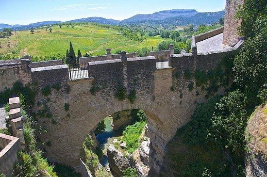 El Tajo: the Muslim bridge