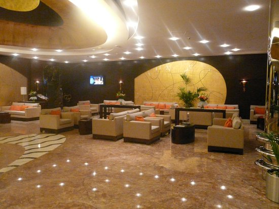 Grand Midwest Reve: Reception Area