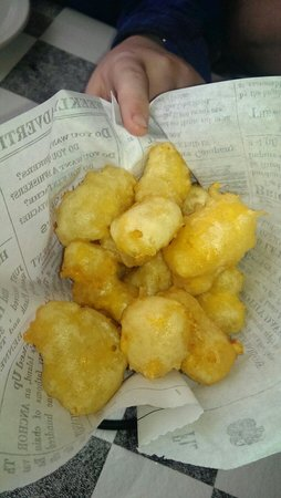 Wheel Inn: Dave's Fried Cheese Curds.  These were delicious!  Ended up ordering a second round for our tabl