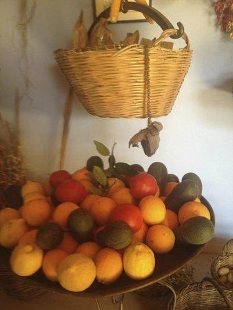 Kamares: Fruit grown at the Kameres Estates