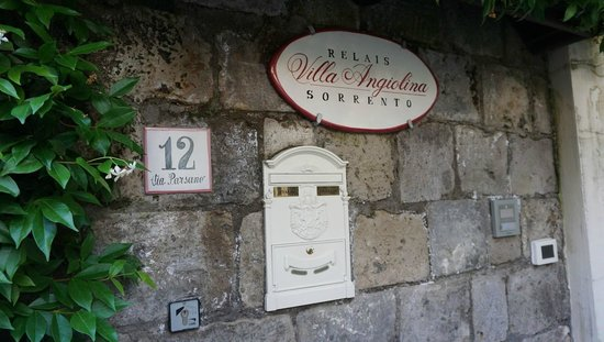 Relais Villa Angiolina: hotel signboard