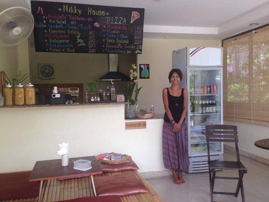 nikky house: Sawad dee ka :-)