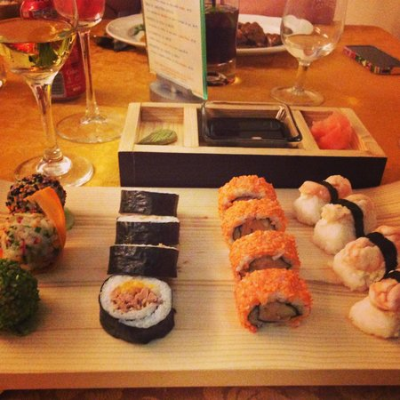 Salsa Suarez Restaurant y Bar: Sushi for a change