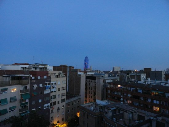 Leonardo Boutique Hotel Barcelona Sagrada Familia: View of the Agbar Tower from our room