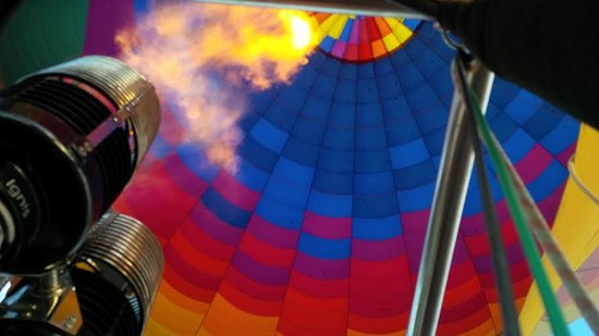 Hot Air Expeditions : View from the basket