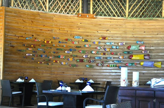 Zoetry Agua Punta Cana: Indigo fish wall