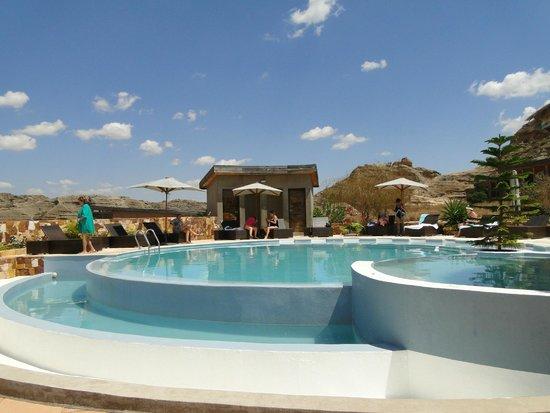 Isalo Rock Lodge : Piscina agua salada