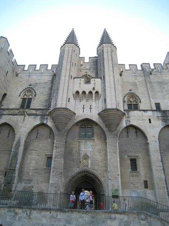 Pope's Palace (Palais des Papes): Fachada del Palacio de los Papas.