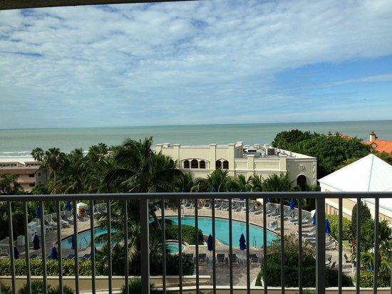 Marco Beach Ocean Resort: Beach view from the balcony