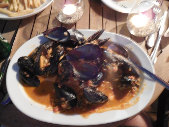 Corinna Star Restaurant: Mussels Saganaki- my husbands favorite meal of the trip