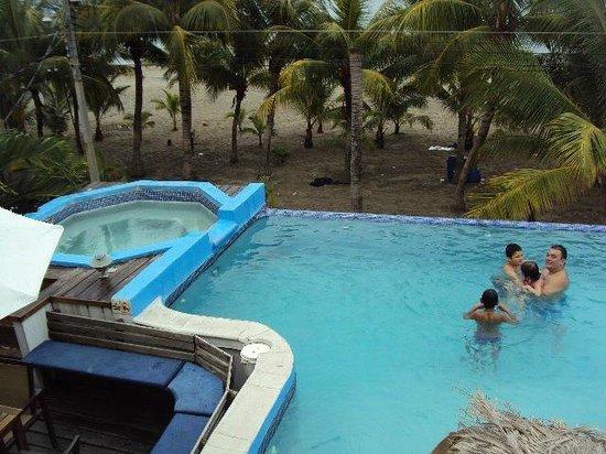 Cesar Mariscos: pool
