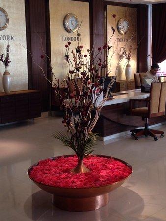 Grand Sarovar Premiere Mumbai: A flower arrangement in the lobby