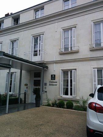 Clarion Hotel Chateau Belmont: Façade de l'hôtel