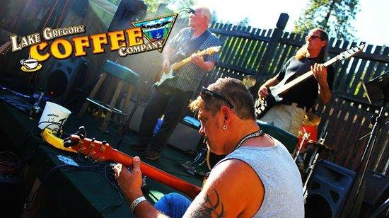 Lake Gregory Coffee House: Jammin