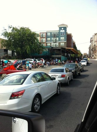Franklin Barbecue: The Line For Franklin BBQ