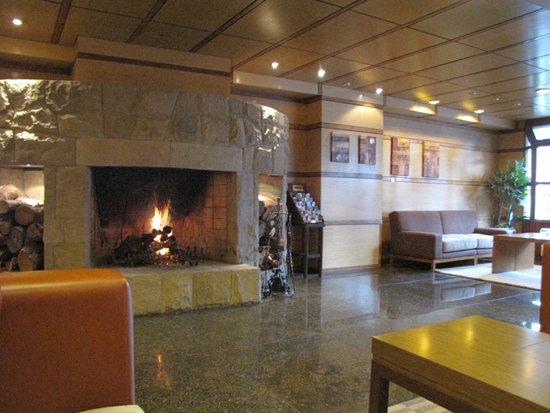 NH Bariloche Edelweiss: Lobby do Hotel