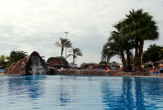 Hotel Elba Carlota: Pool area