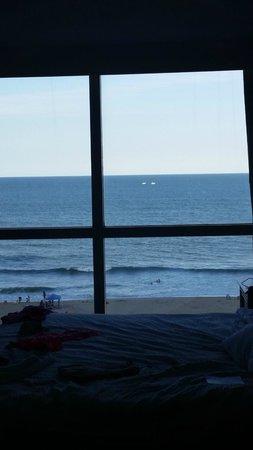 Residence Inn by Marriott Virginia Beach Oceanfront: Full window view from bedroom