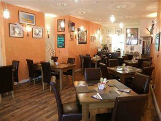 Mr B's: Casual eating at it's best,from breakfast/lunch, or dinner