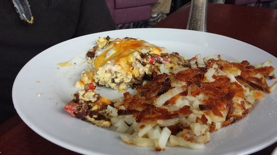 Shilo Restaurant : country scramble with the works!!!