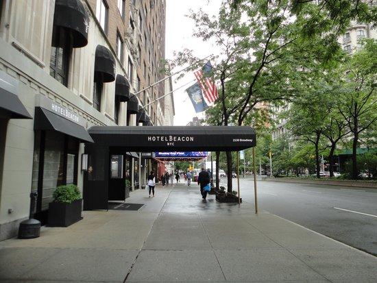 Hotel Beacon: Entrada del hotel