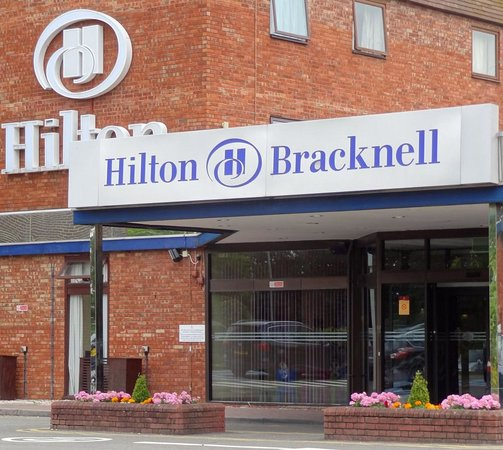 Hilton Bracknell: Main Entrance