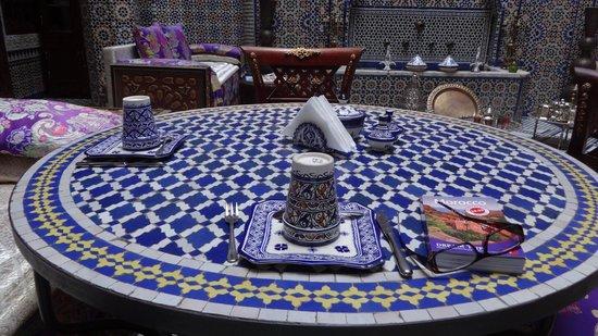 Riad Rcif: Table setting for breakfast