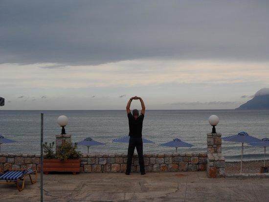 Galini Beach Hotel: Directement sur le bord de la mer