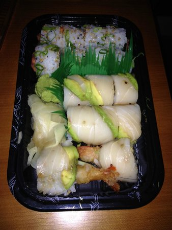 Asia 54 : capital roll and spicy tuna roll