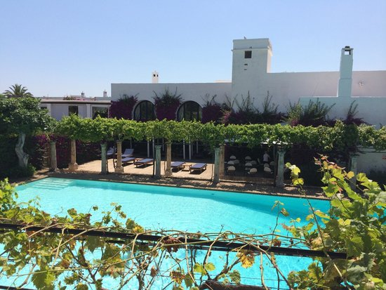 Masseria Torre Maizza: Pool