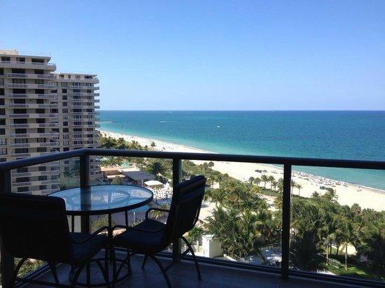 The St. Regis Bal Harbour Resort: balcony view
