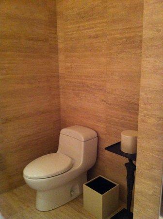 The St. Regis Bal Harbour Resort: toilet area