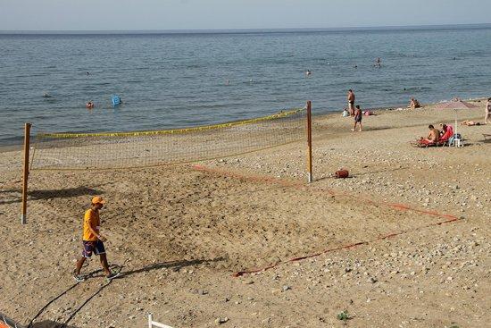 Eden Village Kournas : Pessimo campo da beach volley