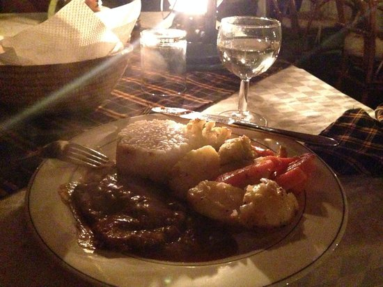 Crater Forest Tented Camp: Fine dining, even when you're the only guest