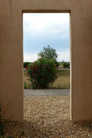Jasses De Camargue: Entre deux Jasses