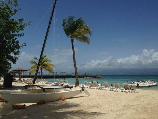 La Creole Beach Hotel & Spa: plage