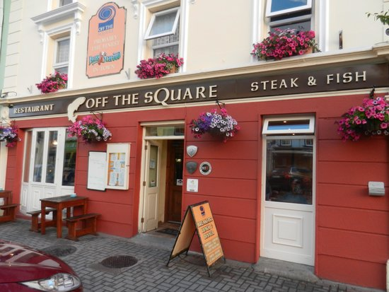 Off The Square Restaurant : Easy to find location