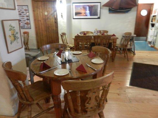 Off The Square Restaurant : Interior dining area