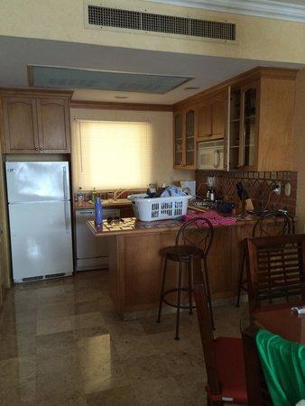 Villa del Palmar Flamingos : Kitchen area in one bedroom