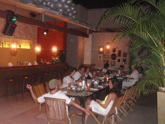 Lo Restaurante: área de fora