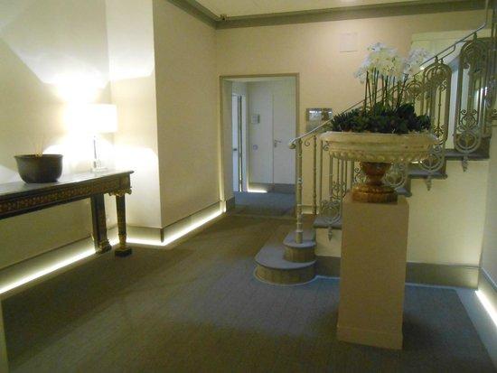 Hotel Brunelleschi: Splendidi corridoi