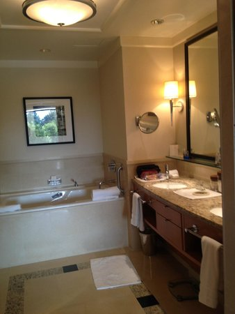 The Umstead Hotel and Spa: lighted makeup mirror a pleasant surprise