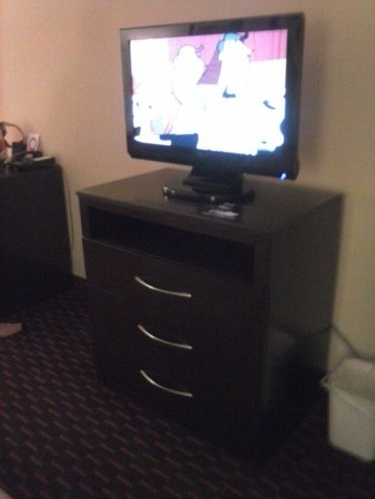 Comfort Suites Altoona: Flat screen TVs