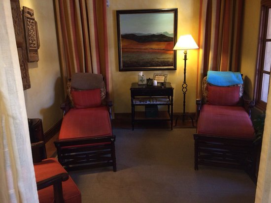 Royal Palms Resort and Spa: Relaxation room in the spa