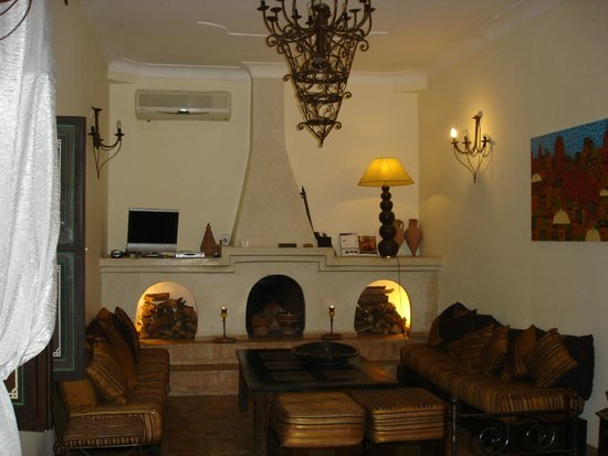 Riad Bamaga Hotel: The salon