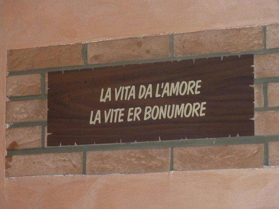 Gioia Mia Pisciapiano: una delle mitiche frasi del locale.....