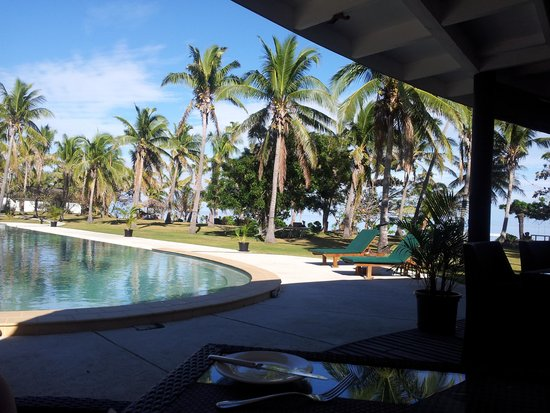Lomani Island Resort: Pool from Restaurant
