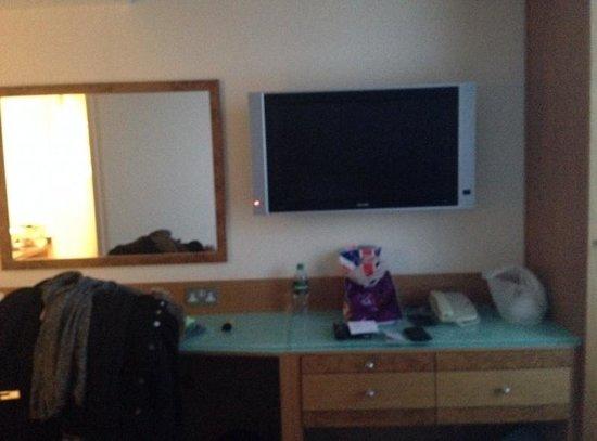 Hilton Bath City: Room