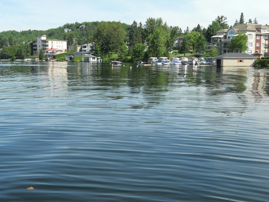 Laurentian Mountains : Boat cruise
